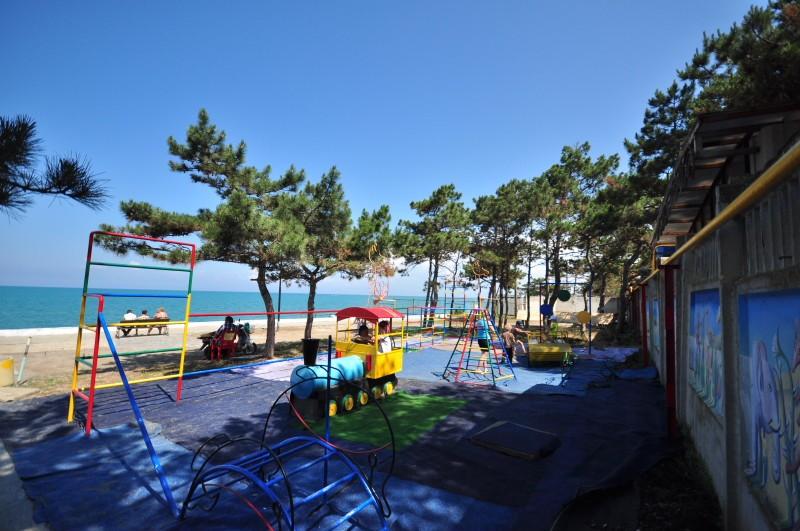 Площадка для детей в Песчаном